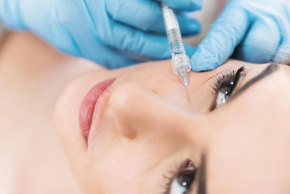 Under-Eye Fillers to Correct Tired-Looking Eyes_1
