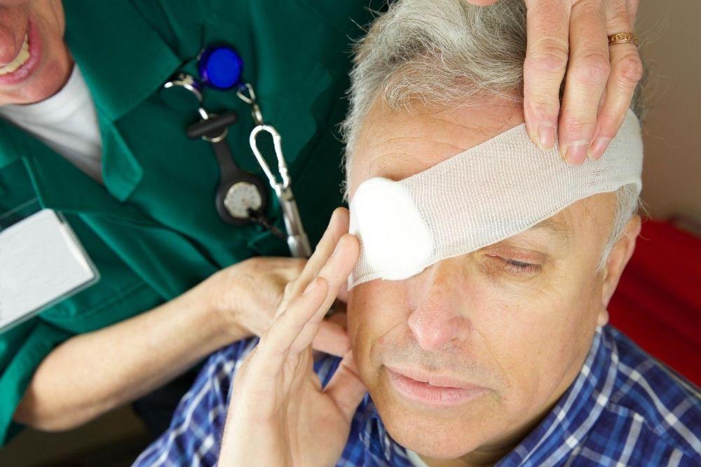 corneal abrasions injury
