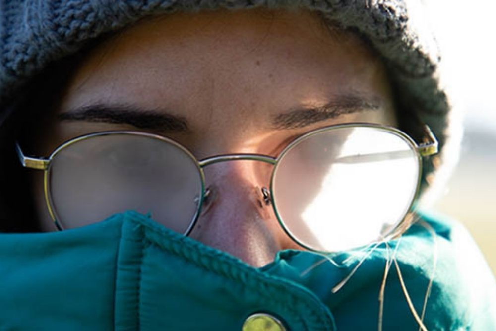 How to Avoid Foggy Glasses While Wearing a Face Mask Against Coronavirus_2