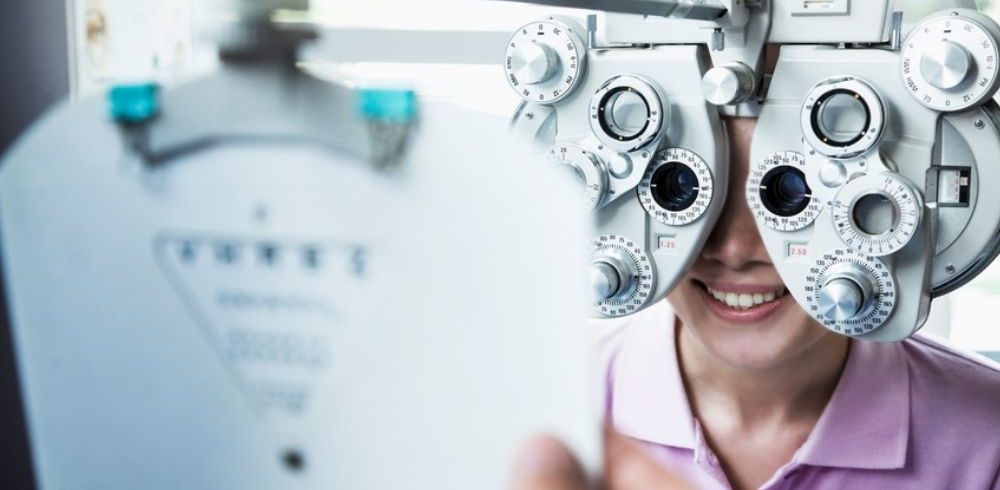 process of a comprehensive eye exam