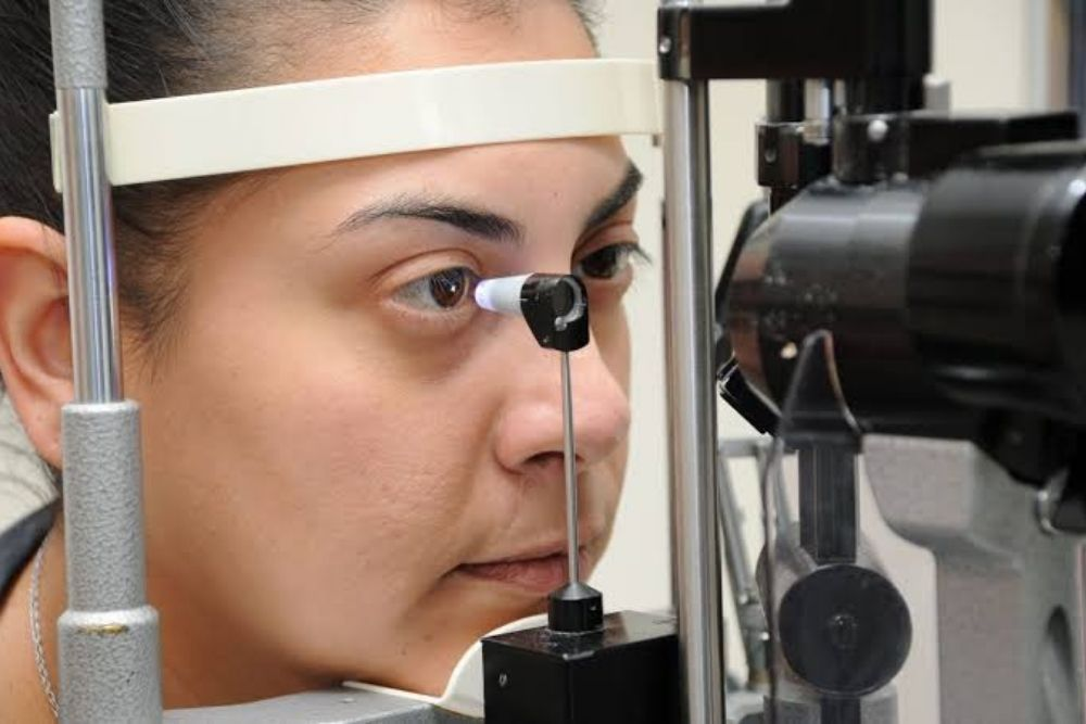 basic eye exam