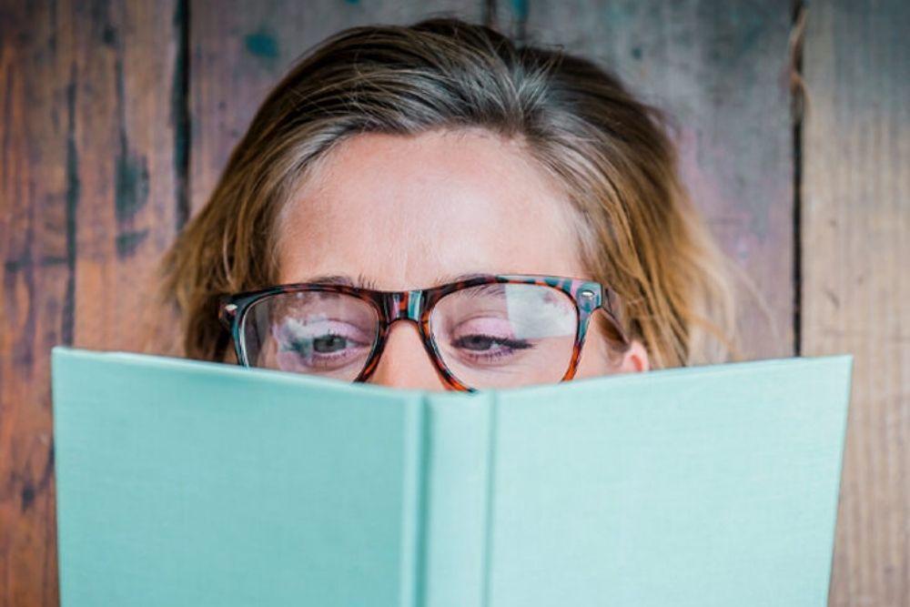 do i need to use reading glasses for presbyopia