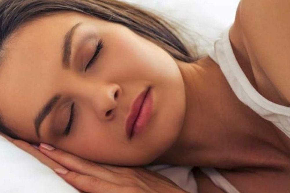 how our eyes work when we sleep
