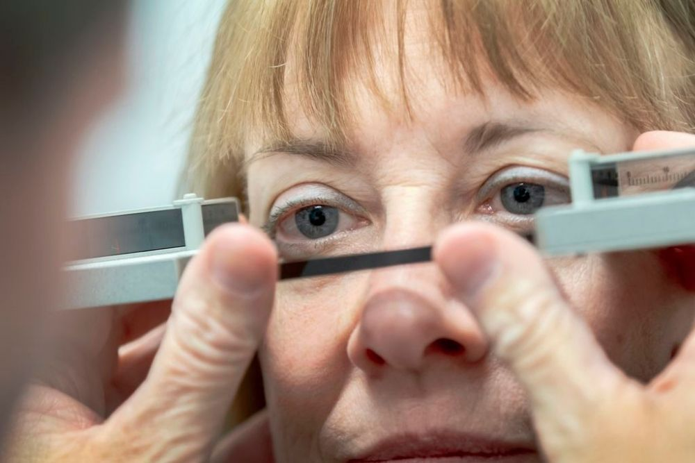 Drugs to Treat Thyroid Eye Disease Without Surgery 2