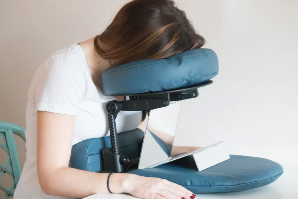 face-down recovery after retinal surgery