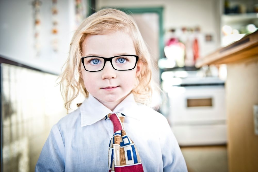 four symptoms of child vision problems